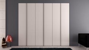 Puertas plegable corredera con tirador lacado en blanco.