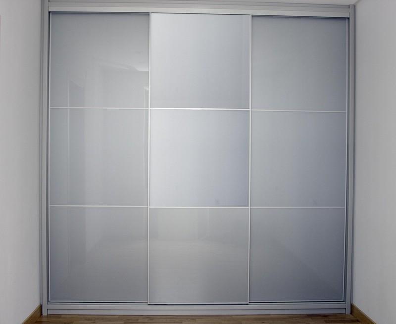 Puertas correderas perfil aluminio.