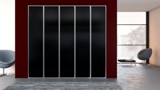 Puertas abatibles con perfil aluminio y cristal lacado
